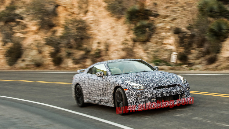 Nissan GT-R Facelift Pops Up Before Big Apple Debut