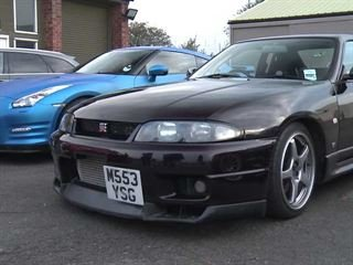 Nissan GT-R Races Against its Grandfather, a Tuned R33 Skyline GT-R