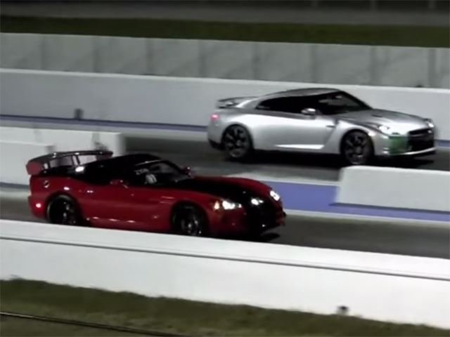 Nissan GT-R Vs. Viper ACR Drag it Out