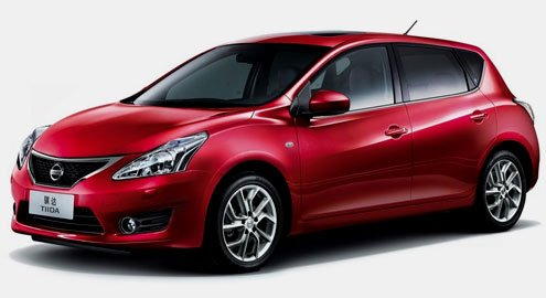 Nissan Tiida hatchback soldiers on for 2012 despite all-new sedan counterpart