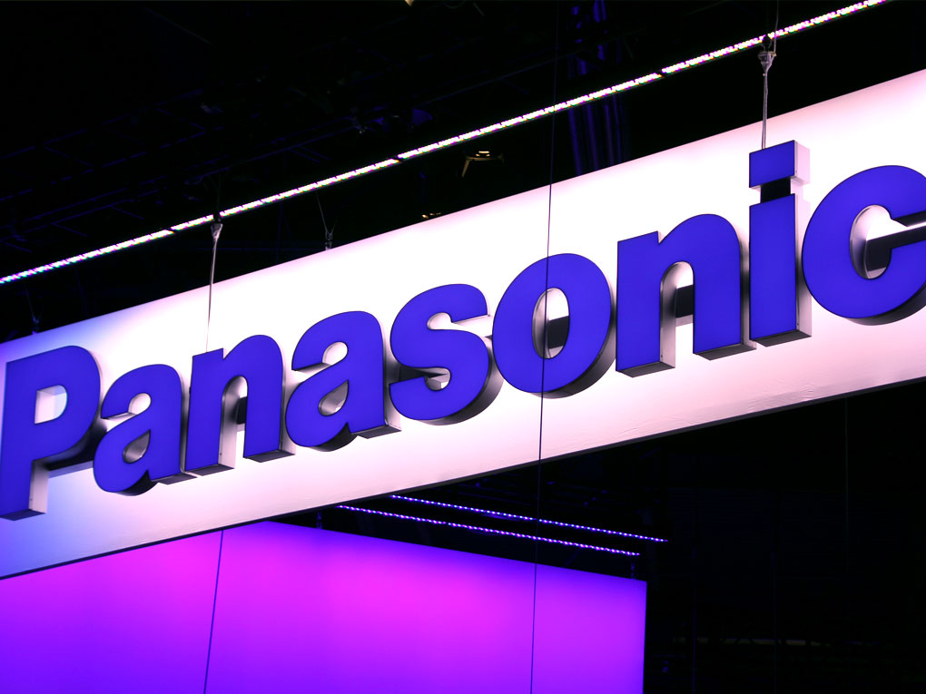Panasonic Shifts from Home Electronics to Cars