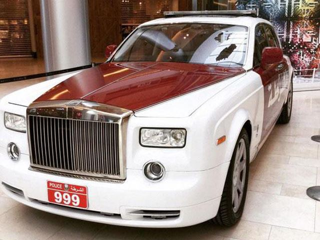 Dubai Police Piss Themselves as Abu Dhabi Police Force Adds Rolls-Royce Phantom to Patrol Fleet