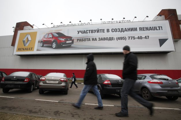 Russia May Respond to Sanctions by Banning Car Imports