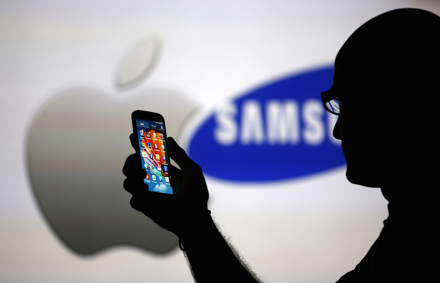 Samsung Emerges as Apple's Chief Auto Rival