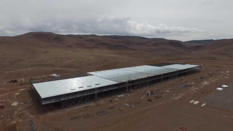 Let's Take Another Drone Flyby of the Tesla Gigafactory