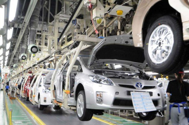Worldwide auto production could drop 30% due to quake in Japan