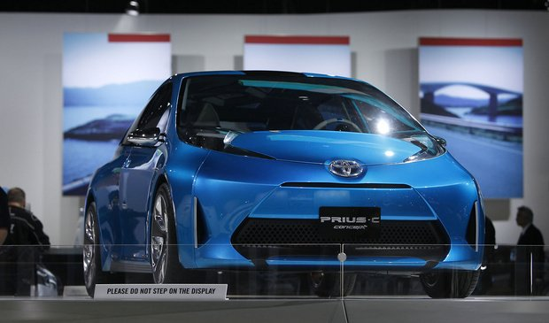 Toyota has shown several new hybrid and electric vehicles at the 2011 International Auto Show in Det