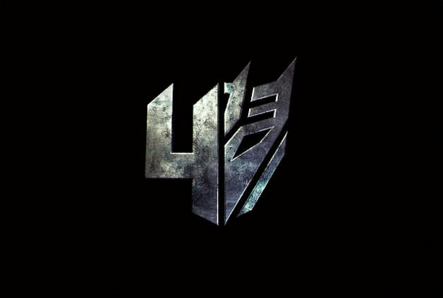 Michael Bay Casts Mark Wahlberg in Transformers 4