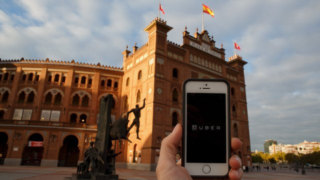 Uber Puts the Brakes on in Spain