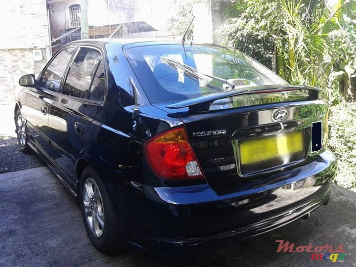 2005 Hyundai Accent in Rose Hill - Quatres Bornes, Mauritius