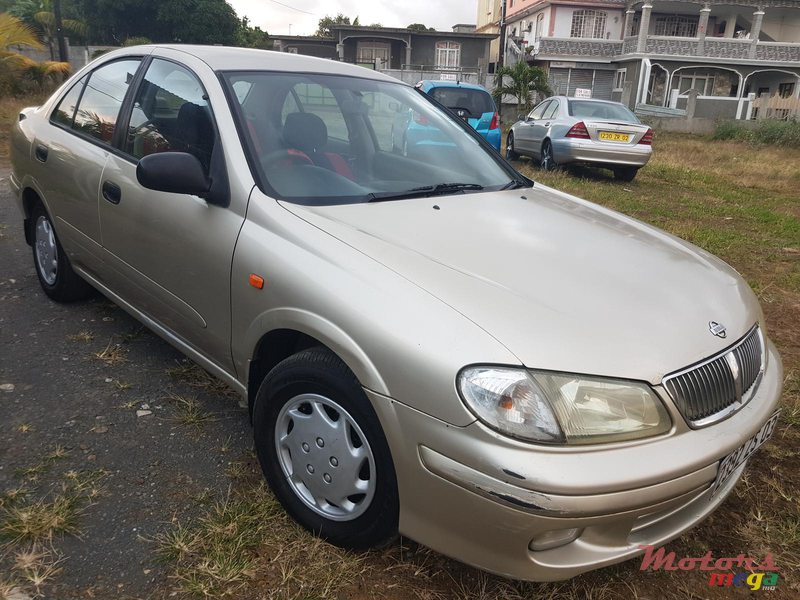 2003 Nissan Sunny in Rose Belle, Mauritius