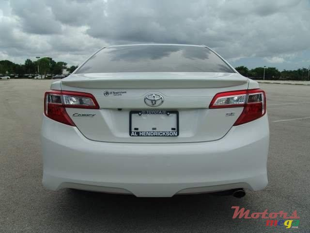 2014 Toyota Camry in Roches Noires - Riv du Rempart, Mauritius - 3