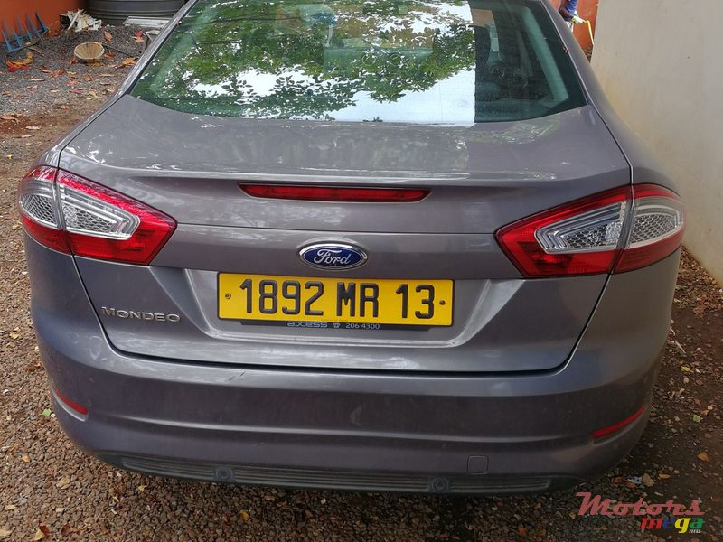 2013 39 ford mondeo vendre 550 000 rs jimmy grand baie for Mega motors loop 12