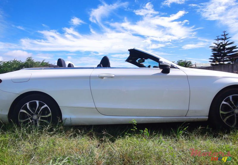 2017 Mercedes-Benz C-Class C180 Cabriolet in Grand Baie, Mauritius - 5