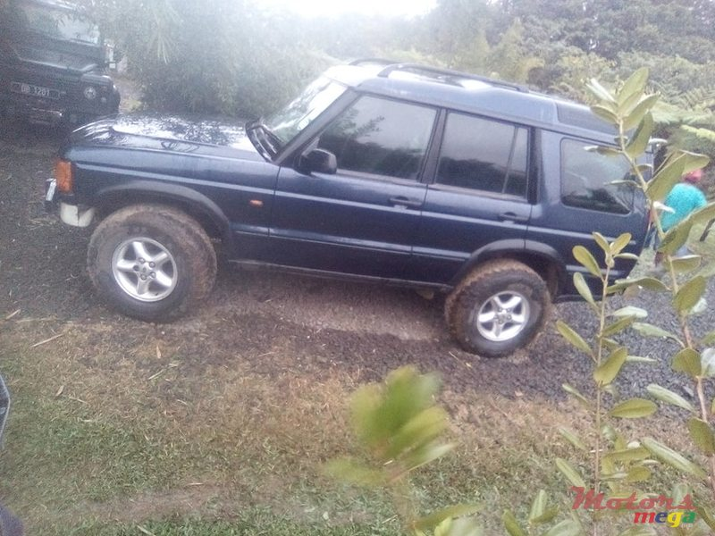 2002 Land Rover Discovery Series II in Port Louis, Mauritius - 3
