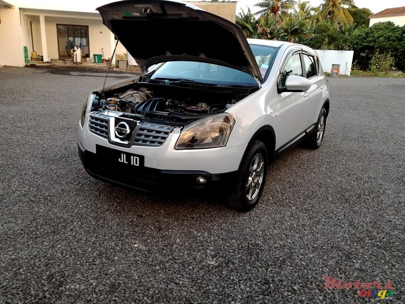 2010 Nissan Qashqai Manual JAPAN en Roches Noires - Riv du Rempart, Maurice - 7