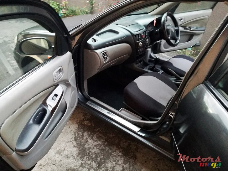 2001 Nissan Sunny N16 EX-Saloon Manual 1.5l inj in Roches Noires - Riv du Rempart, Mauritius