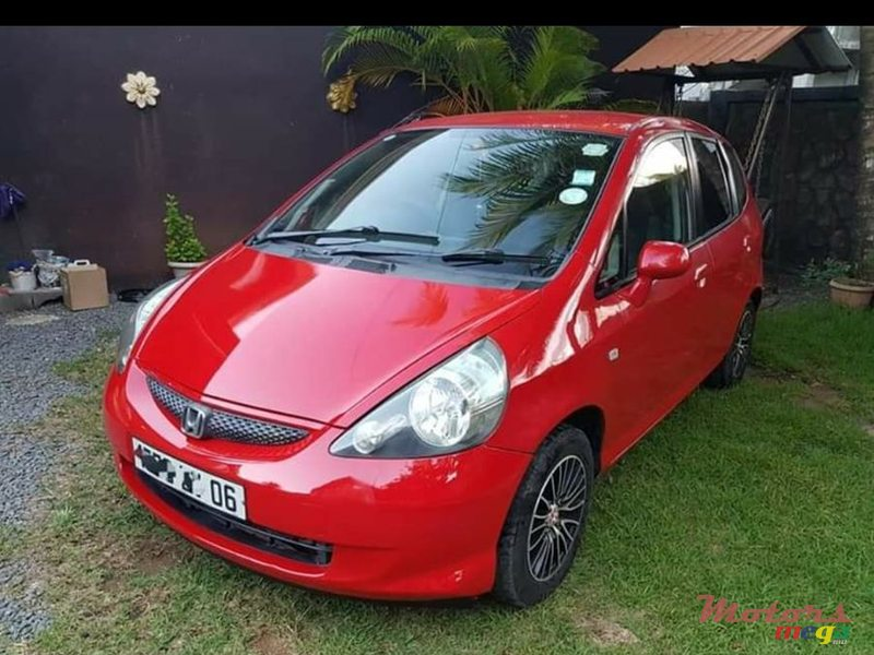 2006 Honda Fit in Rose Hill - Quatres Bornes, Mauritius - 4