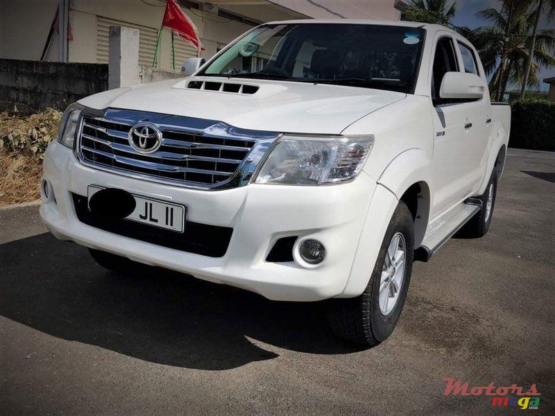 2011 Toyota Hilux 3.0 D4D in Vacoas-Phoenix, Mauritius