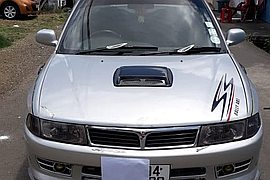 1999' Mitsubishi GLX Full Option