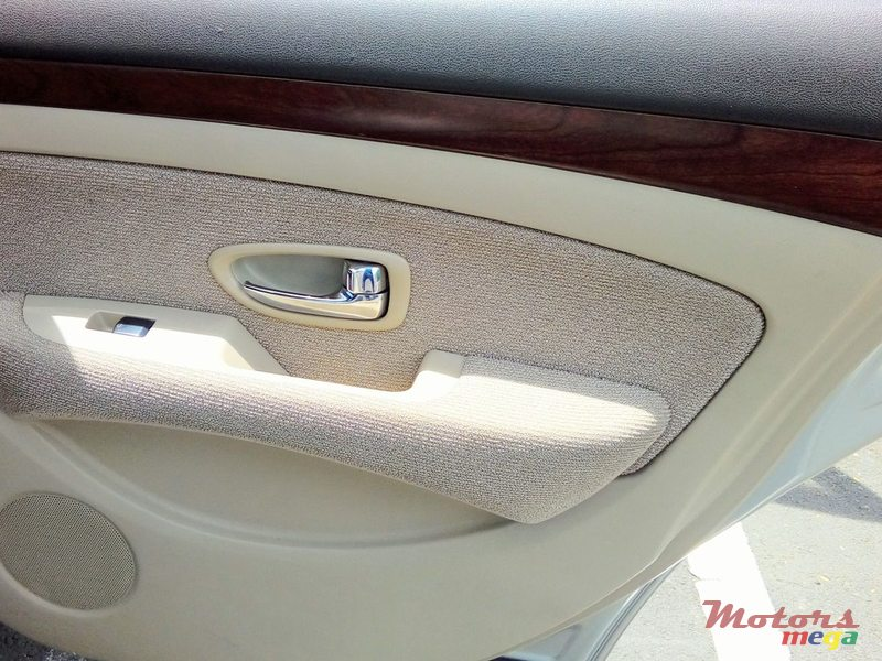 2007 Nissan Bluebird Sylphy in Flacq - Belle Mare, Mauritius - 6