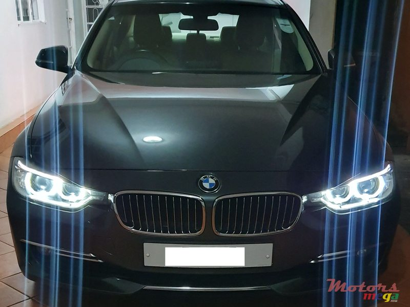 2012 BMW 320 in Terre Rouge, Mauritius - 3