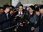 Samsung Heir Faces Arrest In Presidential Corruption Scandal