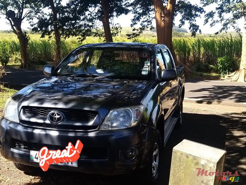 2011 Toyota Hilux any in Flic en Flac, Mauritius - 4