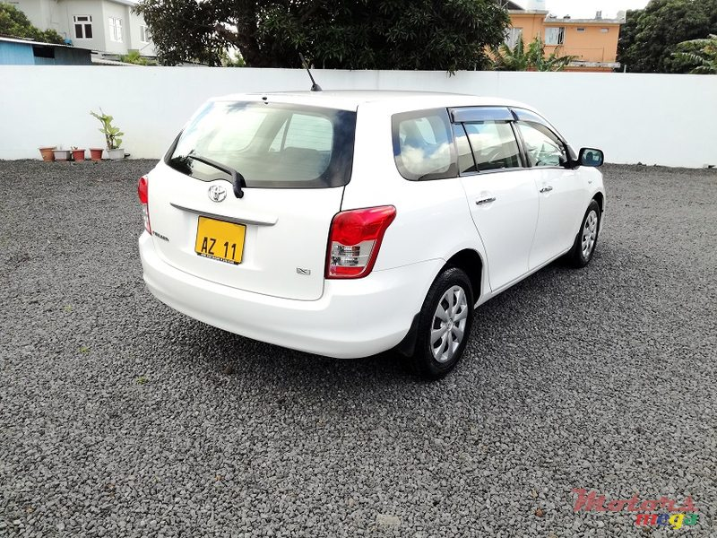 2011 Toyota Fielder AXIO 1.5L JAPAN in Roches Noires - Riv du Rempart, Mauritius