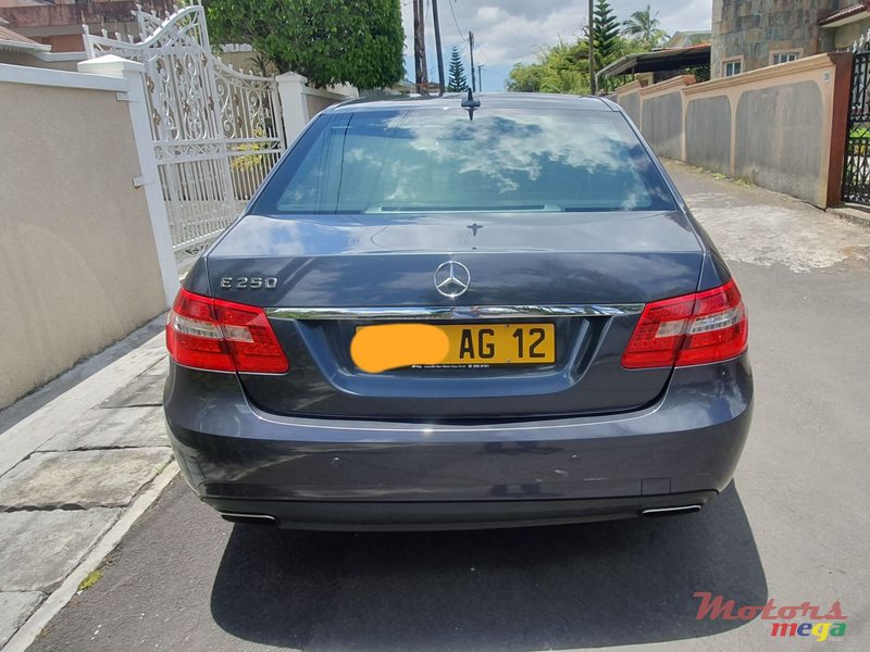 2012 Mercedes-Benz E250 AMG Pack en Curepipe, Maurice - 2