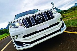 2019' Toyota Land Cruiser Prado