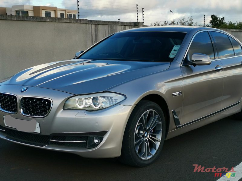 2011 BMW 5 Series - Facelifted to latest model in Vacoas-Phoenix, Mauritius - 2