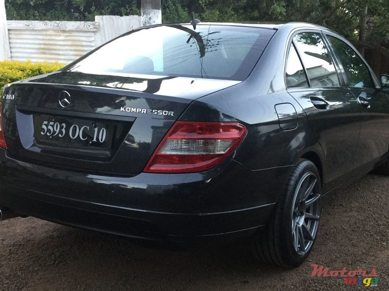 2010 Mercedes-Benz C-Class C 180 in Terre Rouge, Mauritius