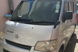 2011' Toyota Town Ace