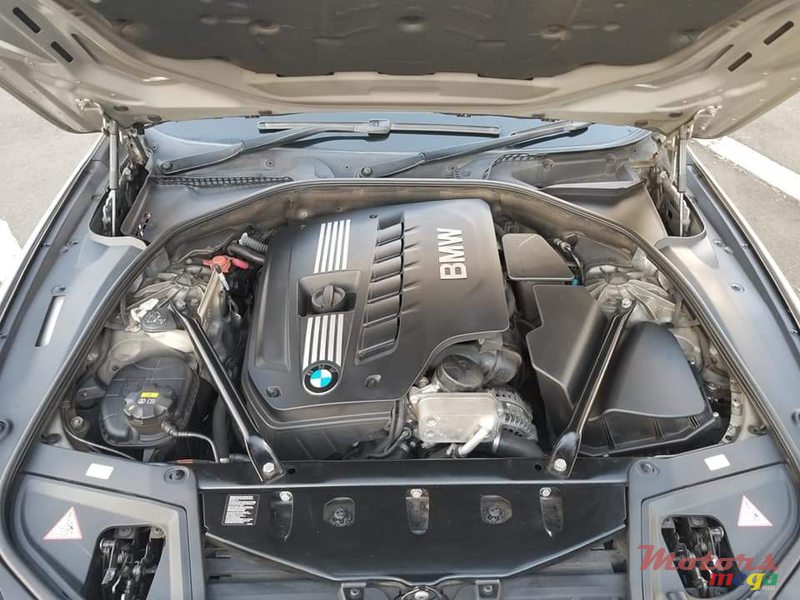 2011 BMW 5 Series - Facelifted to latest model in Vacoas-Phoenix, Mauritius - 5