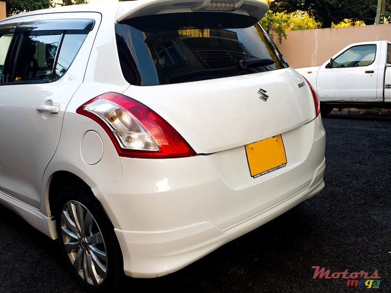 2012 Suzuki Swift in Curepipe, Mauritius - 4
