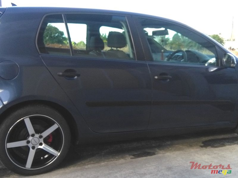2004 Volkswagen Golf V in Rose Belle, Mauritius