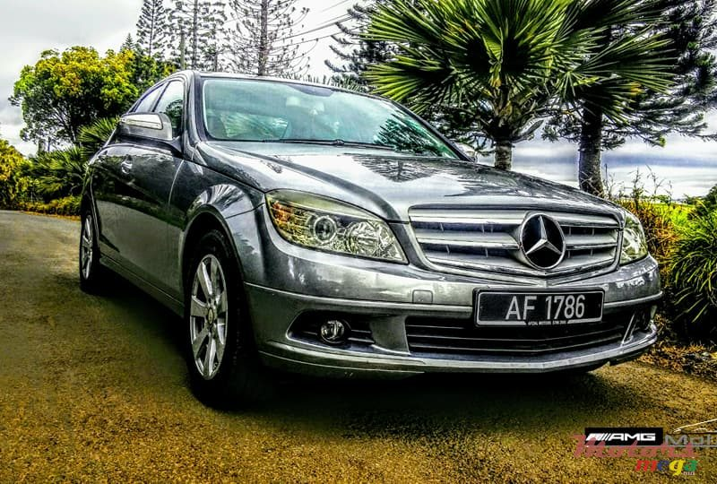 2009 39 mercedes benz c200 kompressor for sale 550 000 rs. Black Bedroom Furniture Sets. Home Design Ideas
