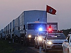 Russian Aid Convoy Heads for Ukraine Amid Doubts Over Lorries' Contents