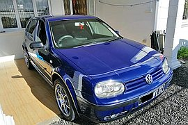 2002' Volkswagen Golf