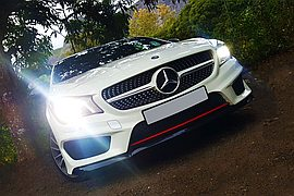 2014' Mercedes-Benz CLA 200