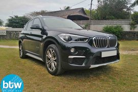 2016' BMW X1 sDRIVE