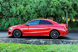 2016' Mercedes-Benz CLA 180