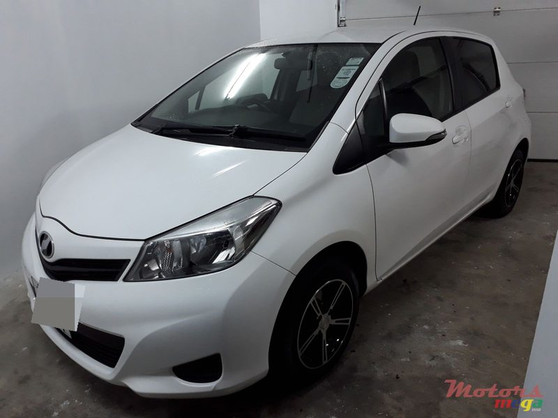 2011 Toyota Vitz 1300cc For Sale 385 000 Rs Rose Belle