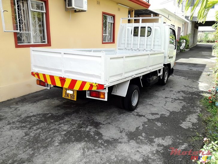 1998 Nissan Cabstar 2.7L JAPAN in Roches Noires - Riv du Rempart, Mauritius