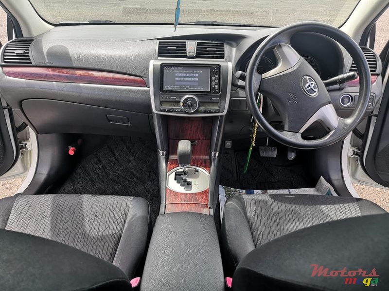 2012 Toyota Allion A15 1500cc in Rose Belle, Mauritius - 3