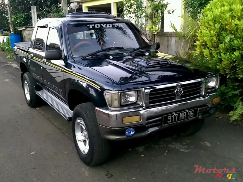 1996 Toyota Hilux 4x4 Japan For Sale 190 000 Rs Rose