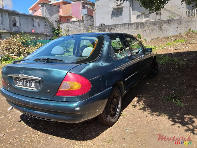 2000 Ford Mondeo en Curepipe, Maurice - 3