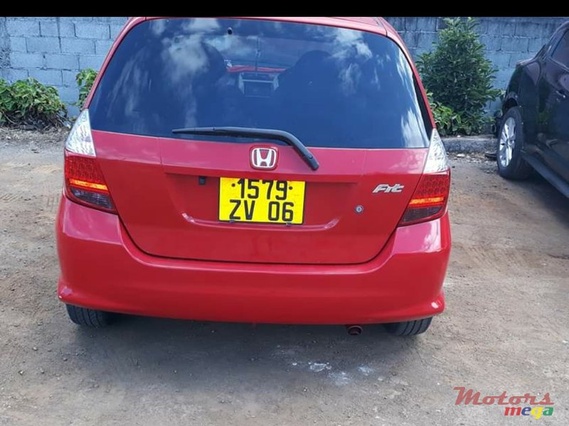 2006 Honda Fit in Rose Hill - Quatres Bornes, Mauritius - 5