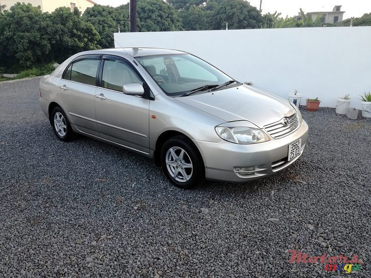2003 Toyota Corolla NZE121 Manual JAPAN in Roches Noires - Riv du Rempart, Mauritius